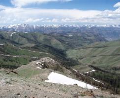 top-of-boulder-pass